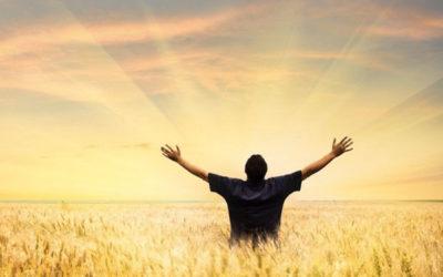 行在人生低谷抬頭仰望神